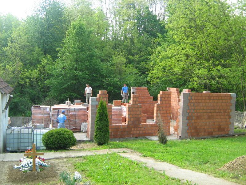 Izgradnja mrtvačnice u Bukviku